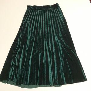 Boutique Emerald Green Velvet Pleated Midi Skirt S